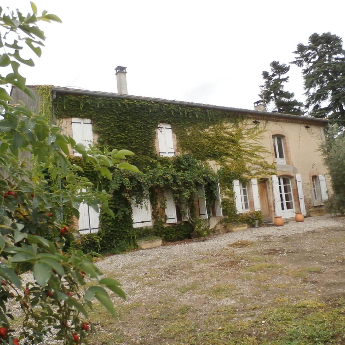 Maison ancienne T6/T7 - Vendue